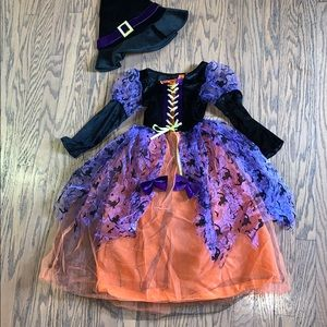 Girls size 5-6 Witch Costume.